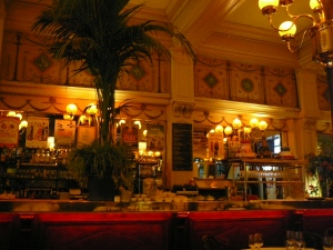 The bar Le Grand Colbert