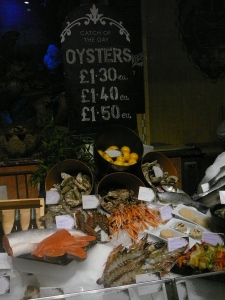Oyster and crustacean display