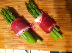 Asparagus wrapped in jamon.