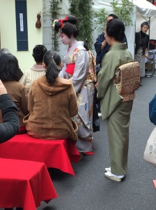 Maiko and Geisha in Ginza